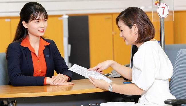 Sacombank liên tục điều chỉnh lãi suất hỗ trợ khách hàng