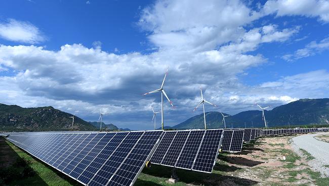 Trung Nam bán 49% nhà máy điện mặt trời Ninh Thuận