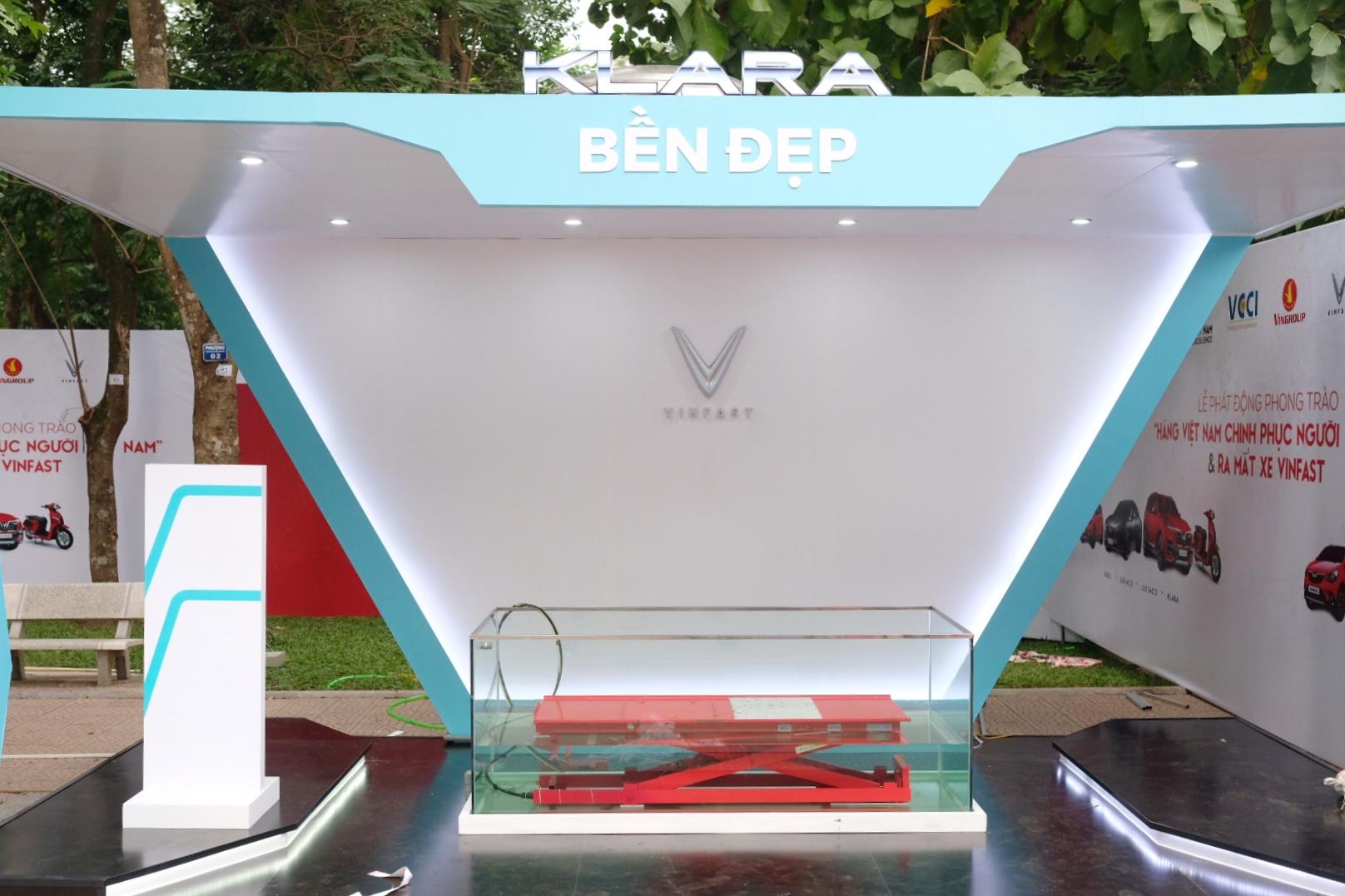 Những hình ảnh mới nhất của ô tô Vinfast chuẩn bị lễ ra mắt tại Hà Nội 9