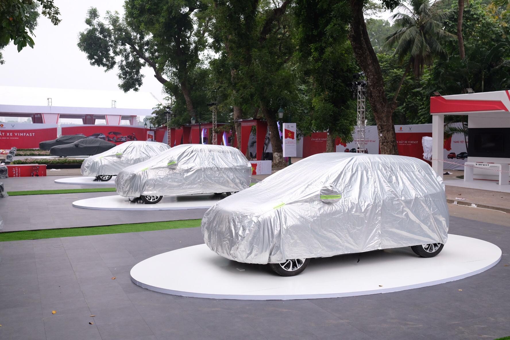 Những hình ảnh mới nhất của ô tô Vinfast chuẩn bị lễ ra mắt tại Hà Nội 1