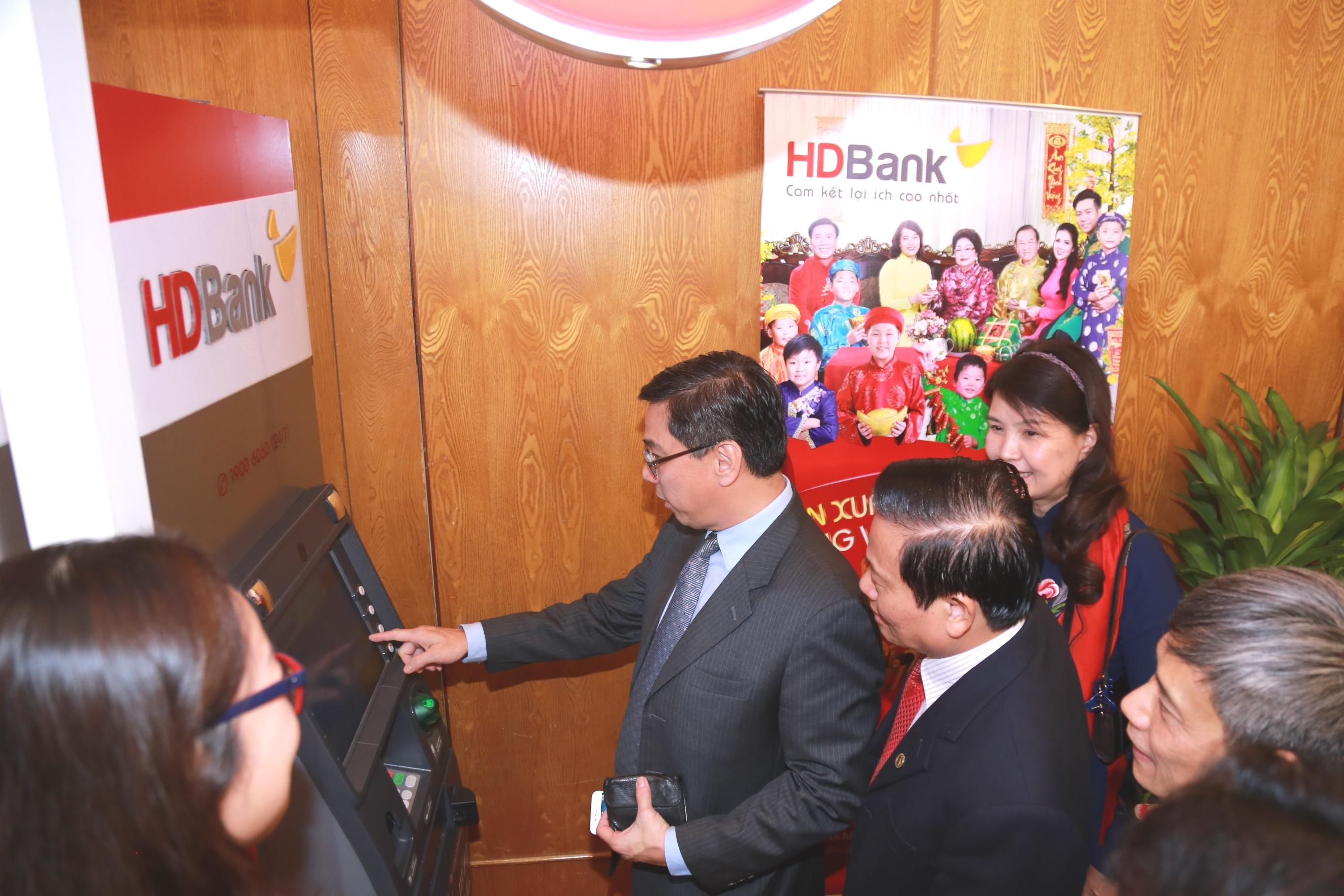 HDBank đạt giải thưởng Ngân hàng Bán lẻ Tiêu biểu năm 2018 1