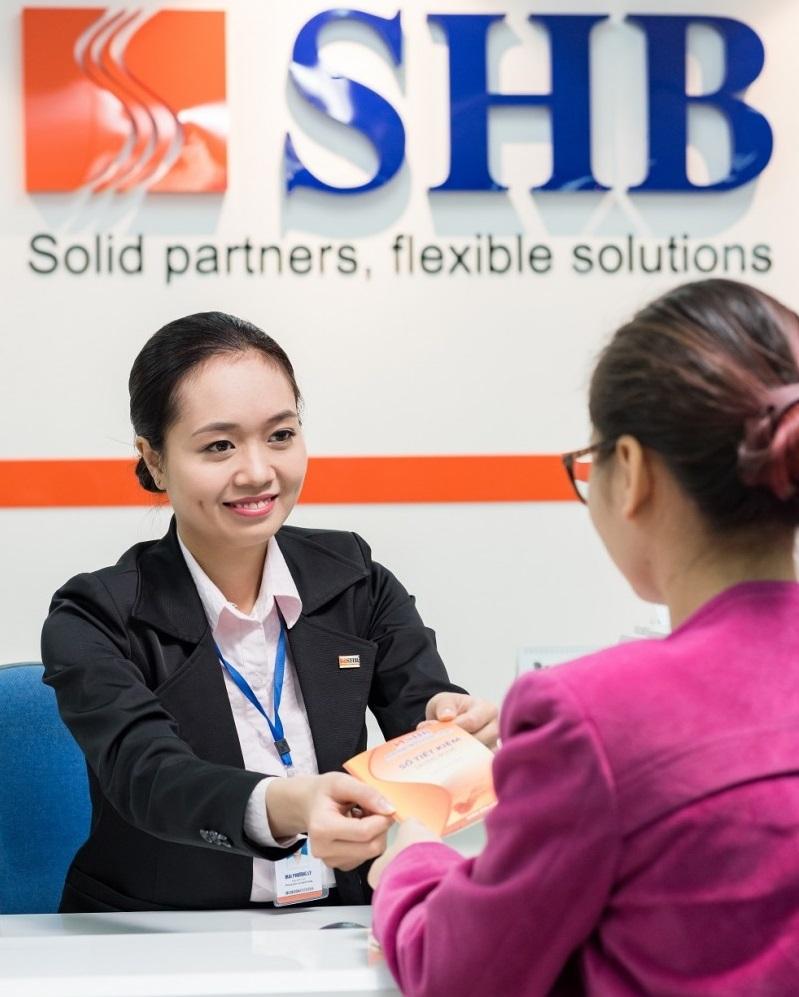 SHB tặng thêm lãi suất 0,2%/năm cho khách hàng mở sổ tiết kiệm tình yêu cho con 1