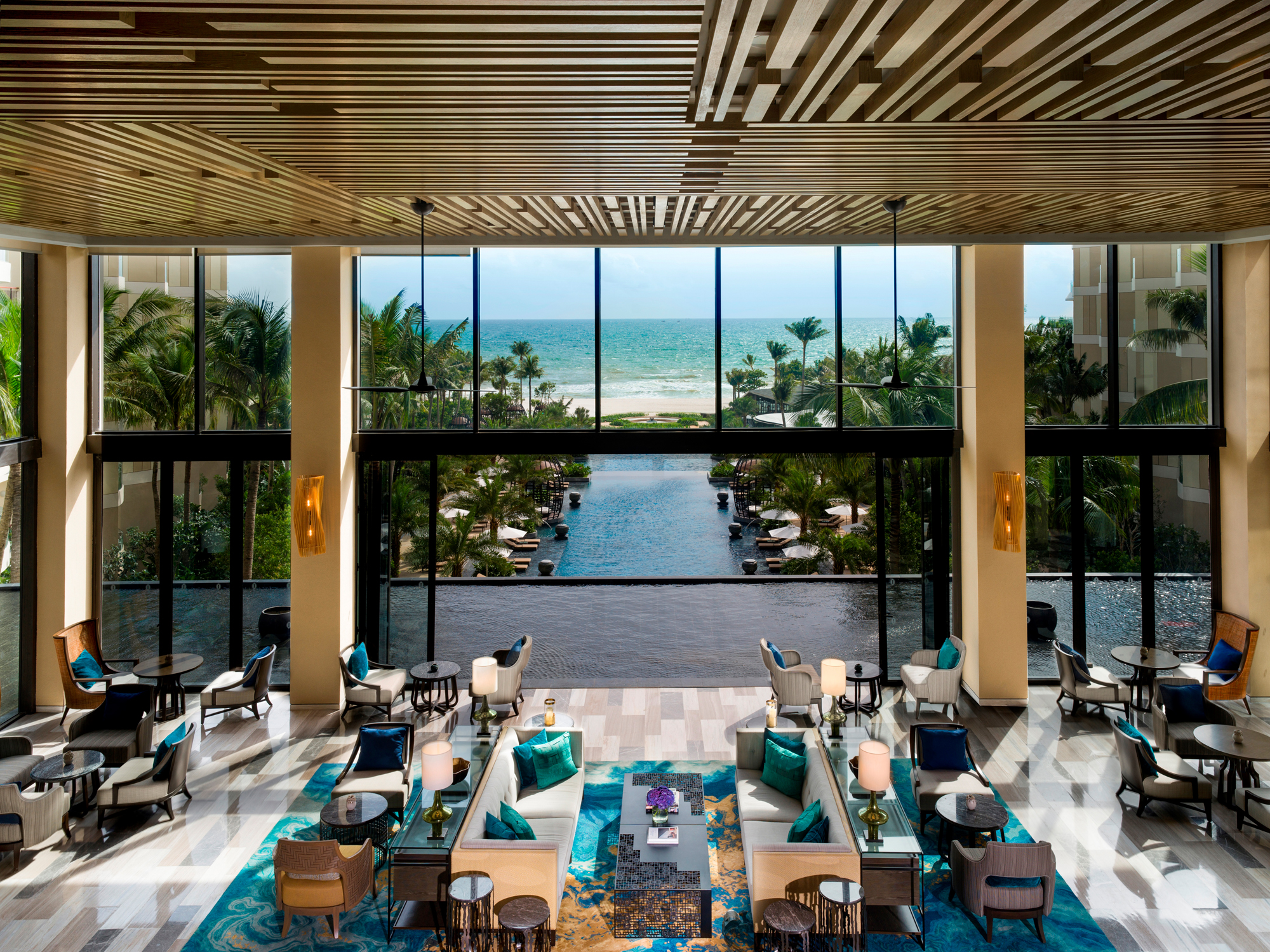 InterContinental Phu Quoc Long Beach Resort đạt cú đúp 3 giải thưởng danh giá tại WTA 2018