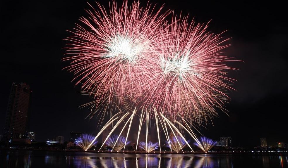 Ai có thể đánh thức tiềm năng du lịch lễ hội ở Việt Nam? 1