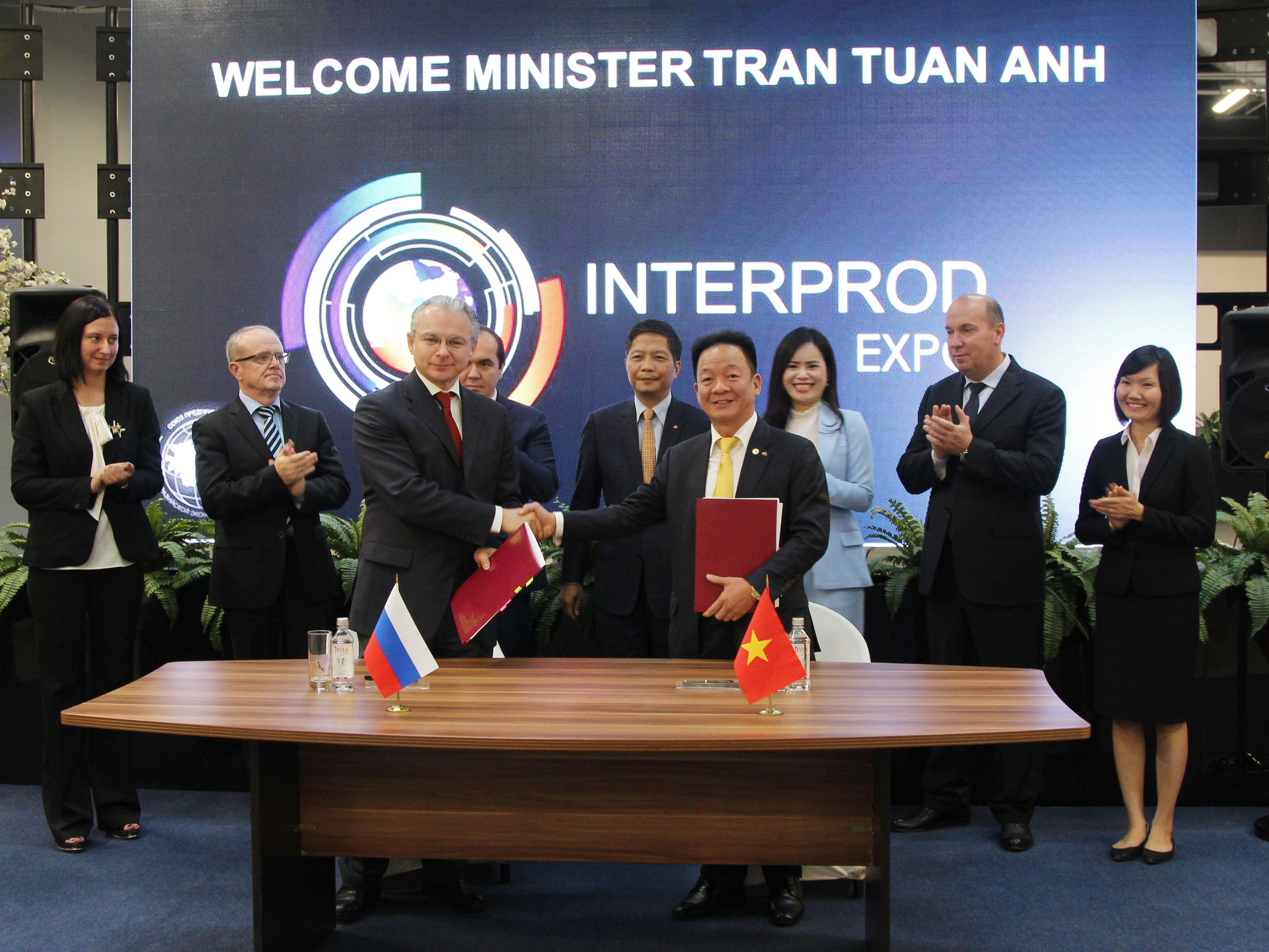 Tập đoàn T&T Group ký kết biên bản ghi nhớ với 3 đối tác lớn tại Nga 1