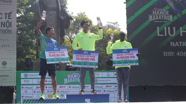 Khám phá di sản Hà Nội trên đường chạy giải VPBank Hanoi Marathon 4