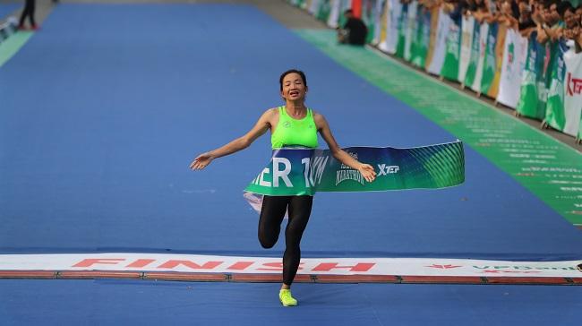 Khám phá di sản Hà Nội trên đường chạy giải VPBank Hanoi Marathon 1