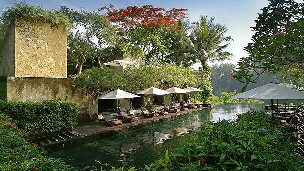 Nhân chuyện ở Mã Pì Lèng, xem thế giới dựng khách sạn giữa núi rừng ra sao 16