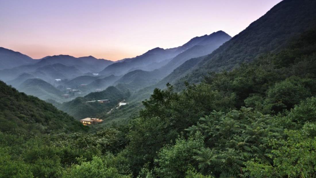 Nhân chuyện ở Mã Pì Lèng, xem thế giới dựng khách sạn giữa núi rừng ra sao 2