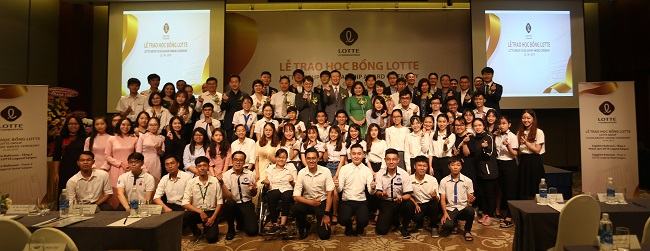 Lễ trao học bổng Lotte 'thắp sáng tương lai' năm 2019