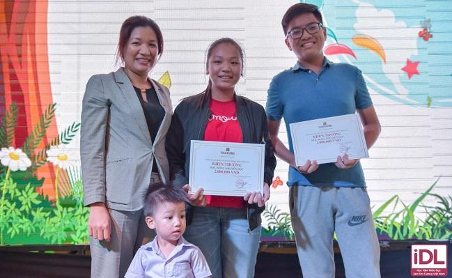 Hàng trăm học bổng hè dành cho con em cán bộ nhân viên Phuc Khang Corp 3