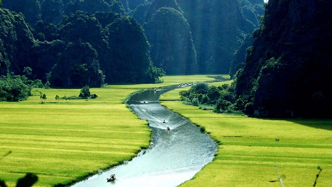 Thấy gì từ việc Louis Vuitton quay quảng cáo tại Việt Nam? 1