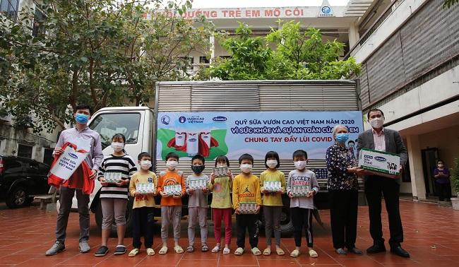 Vinamilk dẫn đầu Top 10 Thương hiệu mạnh nhất Việt Nam 2