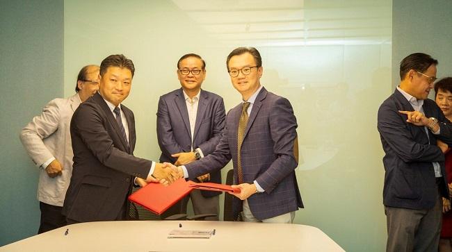AA Corporation ra mắt Adamos - Thương hiệu nội thất văn phòng và Mitbox 2