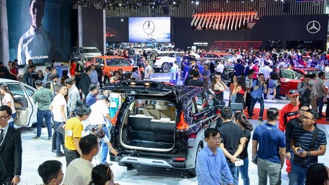 Vay mua ô tô dịp cuối năm: Lợi đơn lợi kép cho khách hàng