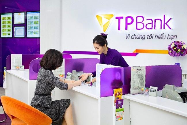 TPBank vinh dự được trao tặng cờ thi đua của Chính phủ 1
