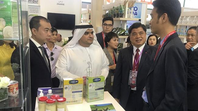 Vinamilk ký hợp đồng xuất khẩu sữa 20 triệu USD tại Hội chợ Gulfood Dubai 2020