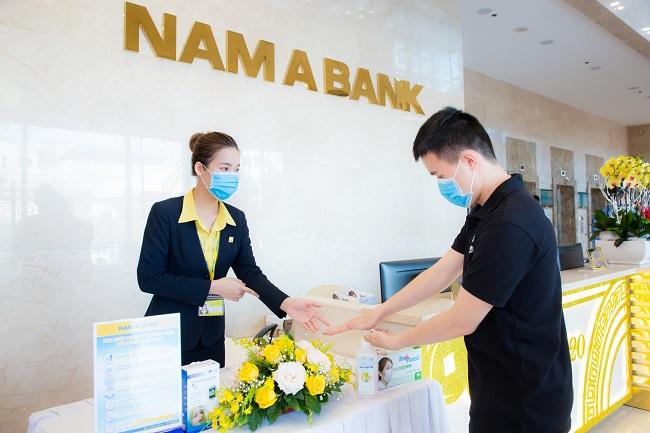 Nam A Bank tặng bảo hiểm sức khỏe Covid-19 cho cán bộ nhân viên 1