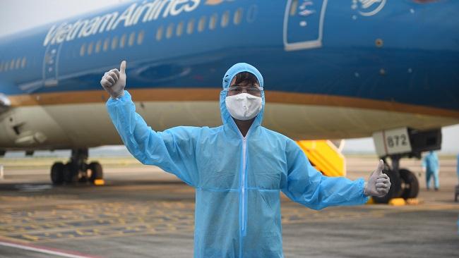 Sân bay Vân Đồn: Chuyện những người đầu tiên đón đồng bào về đất mẹ
