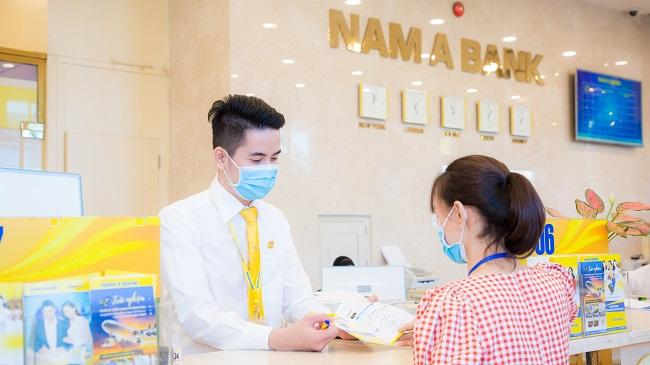 Nam A Bank tặng 2 phòng cách ly áp lực âm và 40 giường y tế chống dịch Covid-19 1