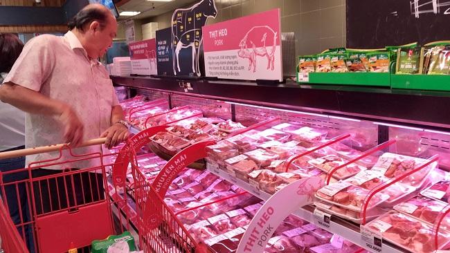 Ước gì giá thịt heo giảm được như giá xăng
