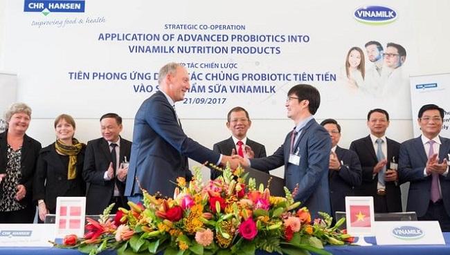Vinamilk ra mắt sản phẩm sữa bột trẻ em 'Dielac Grow Plus có Tổ Yến' 1