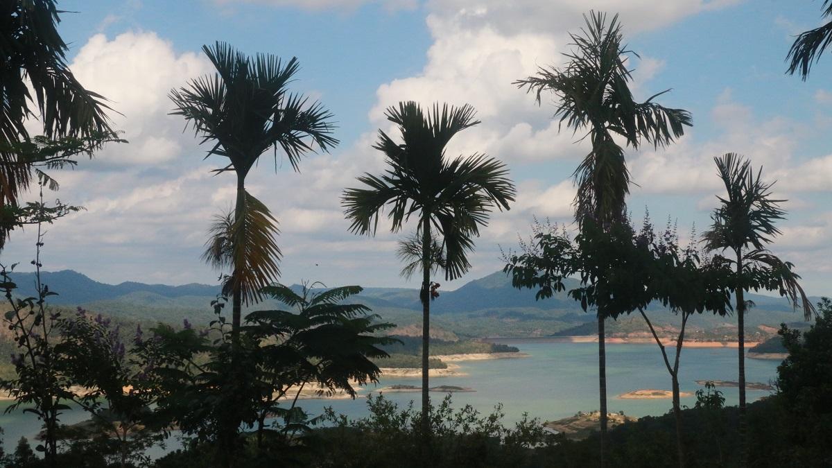 Nhật ký hành trình hậu dịch Covid 19: Hồ Hàm Thuận và chùa Thiên Mai