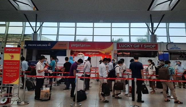 Vietjet đưa hơn 800 khách từ tâm dịch Đà Nẵng trở về nhà 1