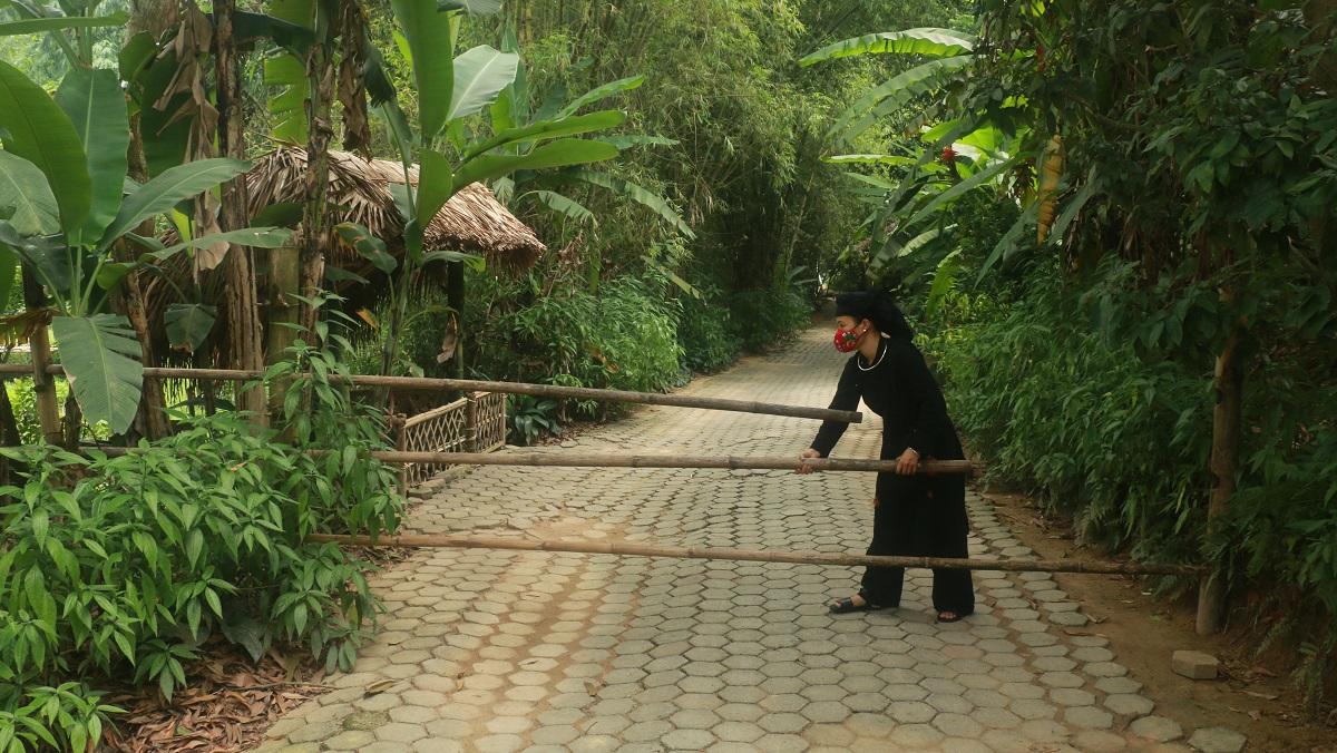 Ngỡ ngàng bản làng Thái Hải