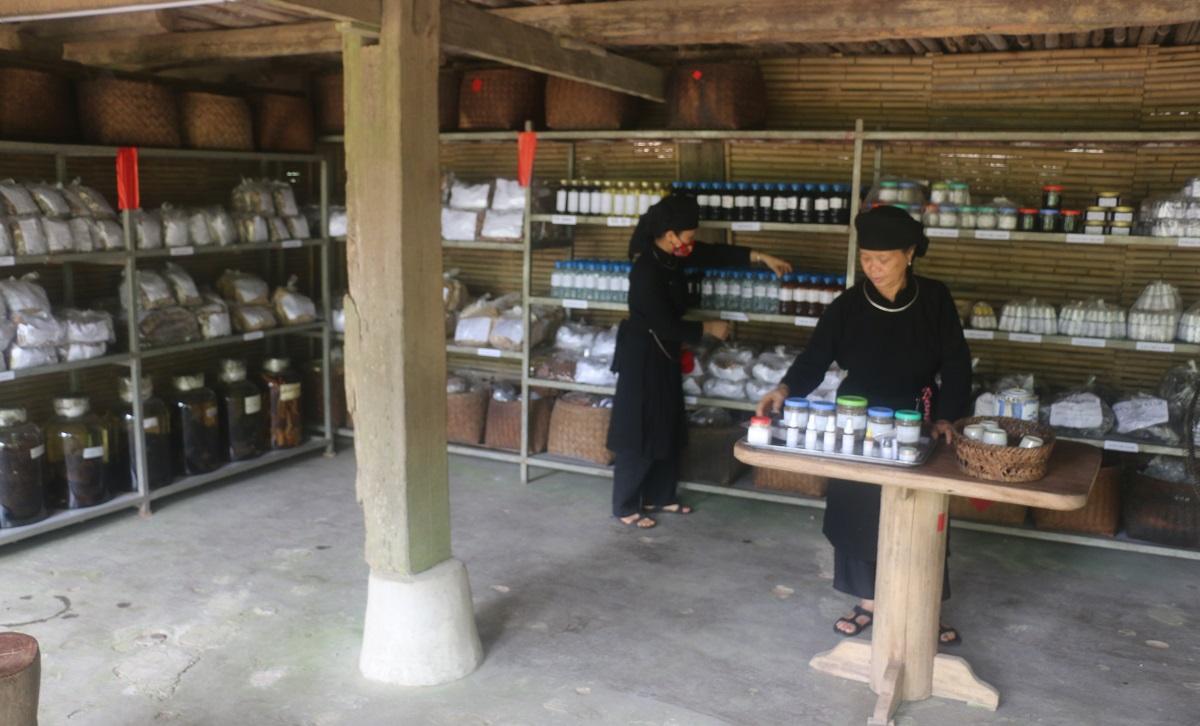 Ngỡ ngàng bản làng Thái Hải 7