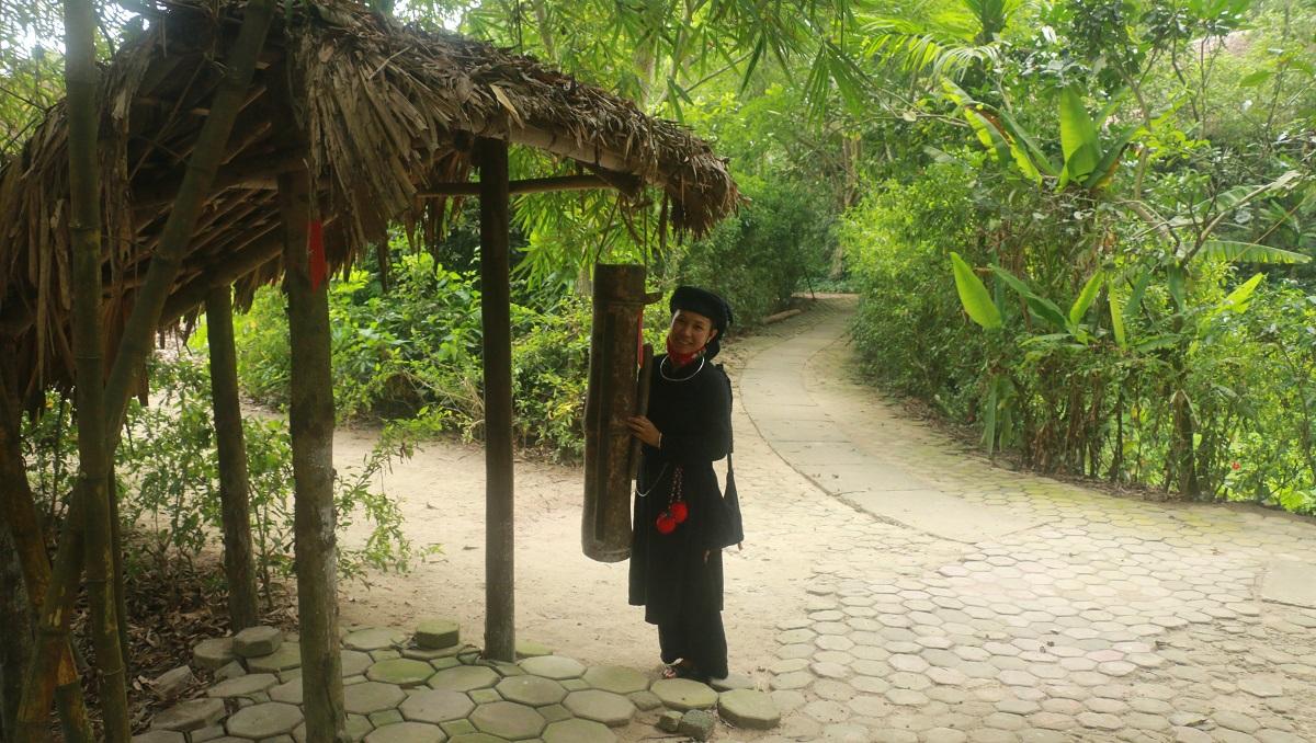 Ngỡ ngàng bản làng Thái Hải 5