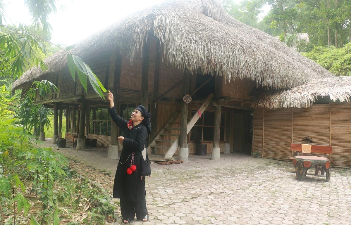Ngỡ ngàng bản làng Thái Hải 11