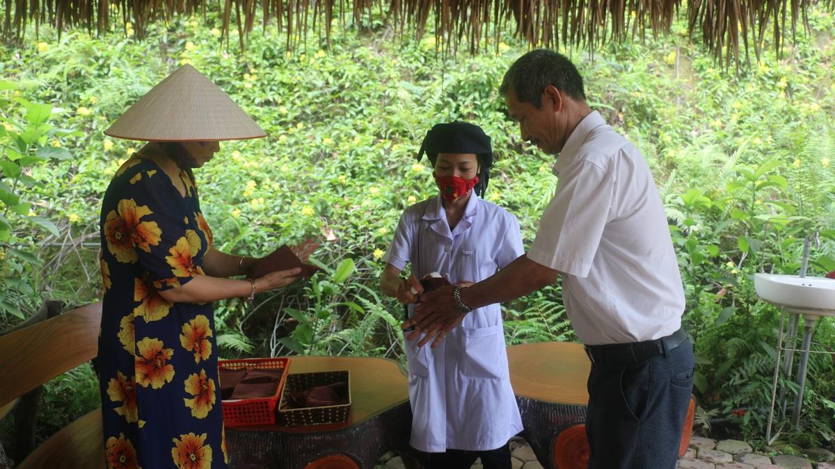 Ngỡ ngàng bản làng Thái Hải 1