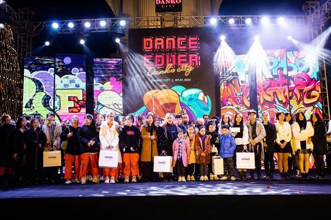Dance cover Danko City: Bùng cháy với các vũ điệu Kpop cùng Cường seven 11