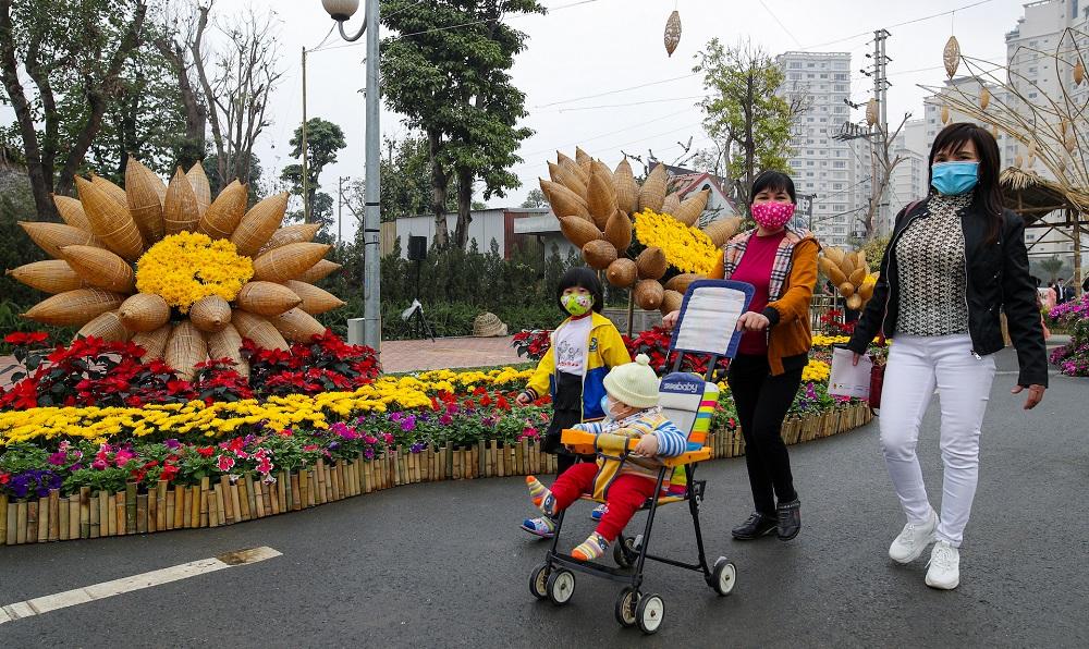 Đường hoa Home Hanoi Xuan 2021 tôn vinh nét đẹp Tết cổ truyền Việt 1