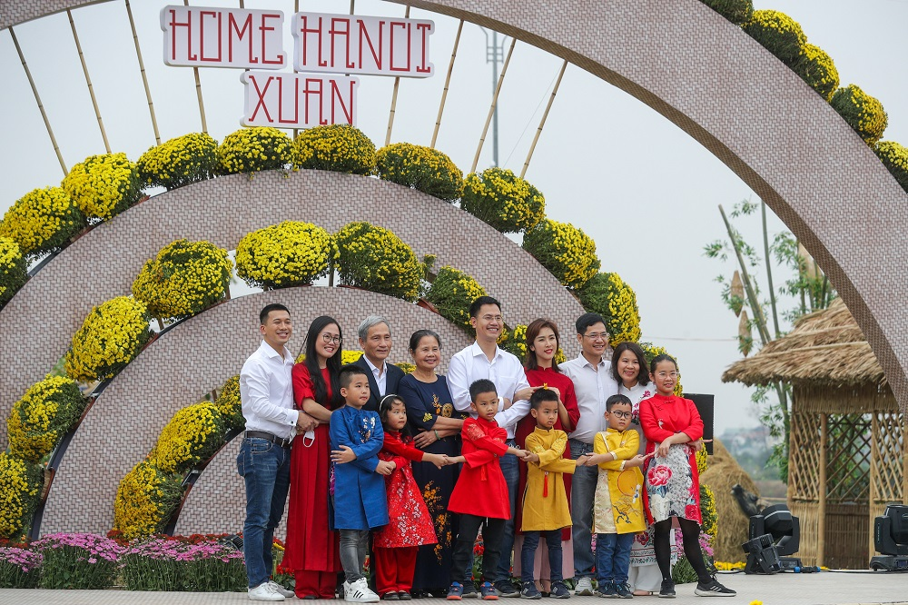 Đường hoa Home Hanoi Xuan 2021 tôn vinh nét đẹp Tết cổ truyền Việt 6