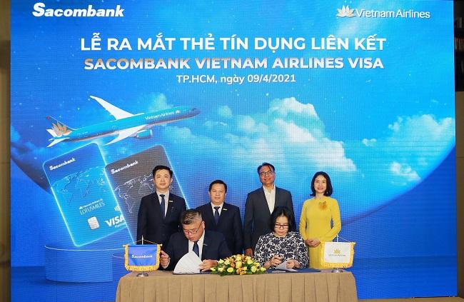 Sacombank hợp tác với Vietnam Airlines ra mắt thẻ tín dụng quốc tế
