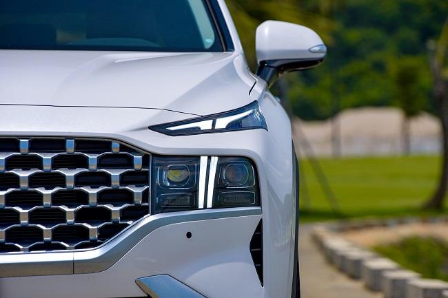 Hyundai Santa Fe 2021 chính thức ra mắt tại Việt Nam