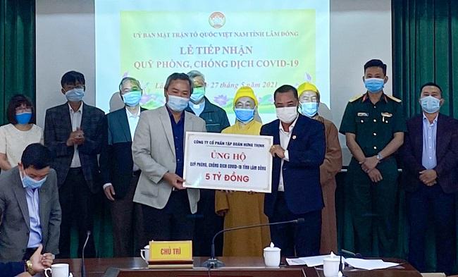 Tập đoàn Hưng Thịnh tặng 50.000 liều vắc-xin Covid-19 cho tỉnh Bình Định 1
