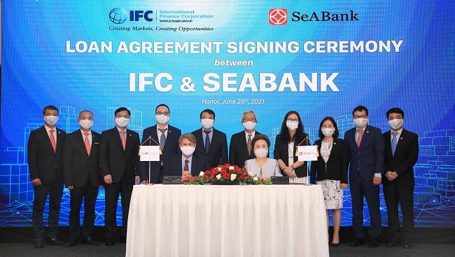 IFC giúp SeABank mở rộng cho vay doanh nghiệp xanh và phụ nữ làm chủ
