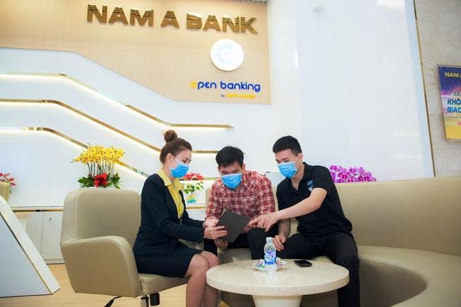 Giao dịch ngân hàng trực tuyến tăng mạnh, góp phần phòng chống Covid-19 hiệu quả 1