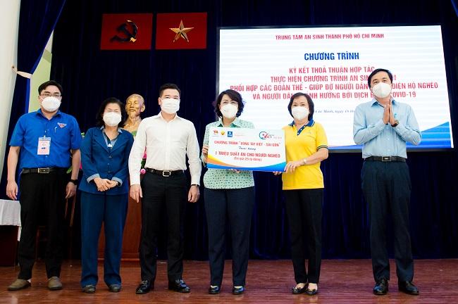 Tập đoàn Hưng Thịnh góp 10 tỷ đồng hỗ trợ suất ăn cho người nghèo 1
