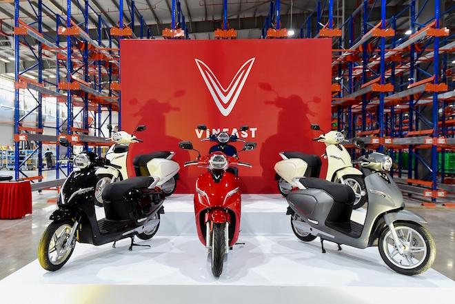 VinFast ra mắt ô tô cỡ nhỏ Fadil và 2 'Ngôi sao mới' với người Việt 1