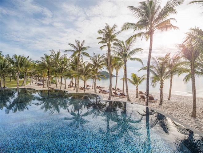 Bãi Kem lọt danh sách bãi biển đẹp nhất thế giới 1