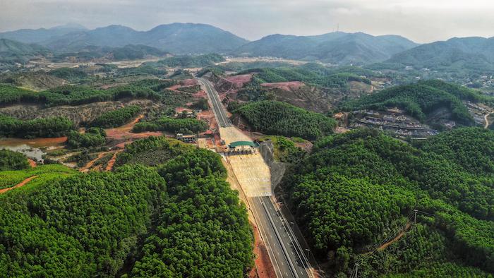Cận cảnh 3 dự án giao thông trọng điểm của Quảng Ninh trước ngày khai trương 5