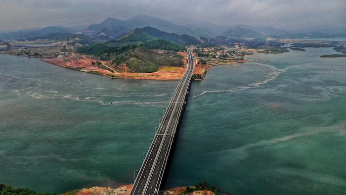 Cận cảnh 3 dự án giao thông trọng điểm của Quảng Ninh trước ngày khai trương 6
