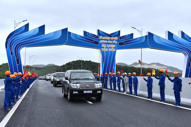 Thủ tướng khai trương ba đại dự án giao thông đặt dấu mốc lịch sử cho Quảng Ninh