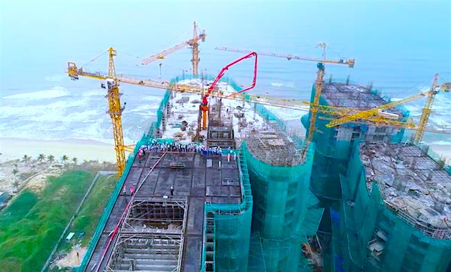 Dấu mốc mới của tổ hợp căn hộ nghỉ dưỡng biển lớn nhất Đà Nẵng 1