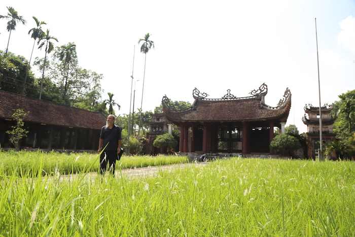 Nhà nghiên cứu Phan Cẩm Thượng: 'Viết là cách lưu lại văn hoá làng cho đời sau'