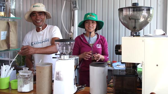 Những câu chuyện nhân văn quanh ly cà phê đặc sản 3